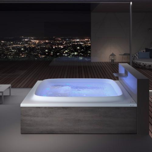 baignoire balnéo design carré 4 places